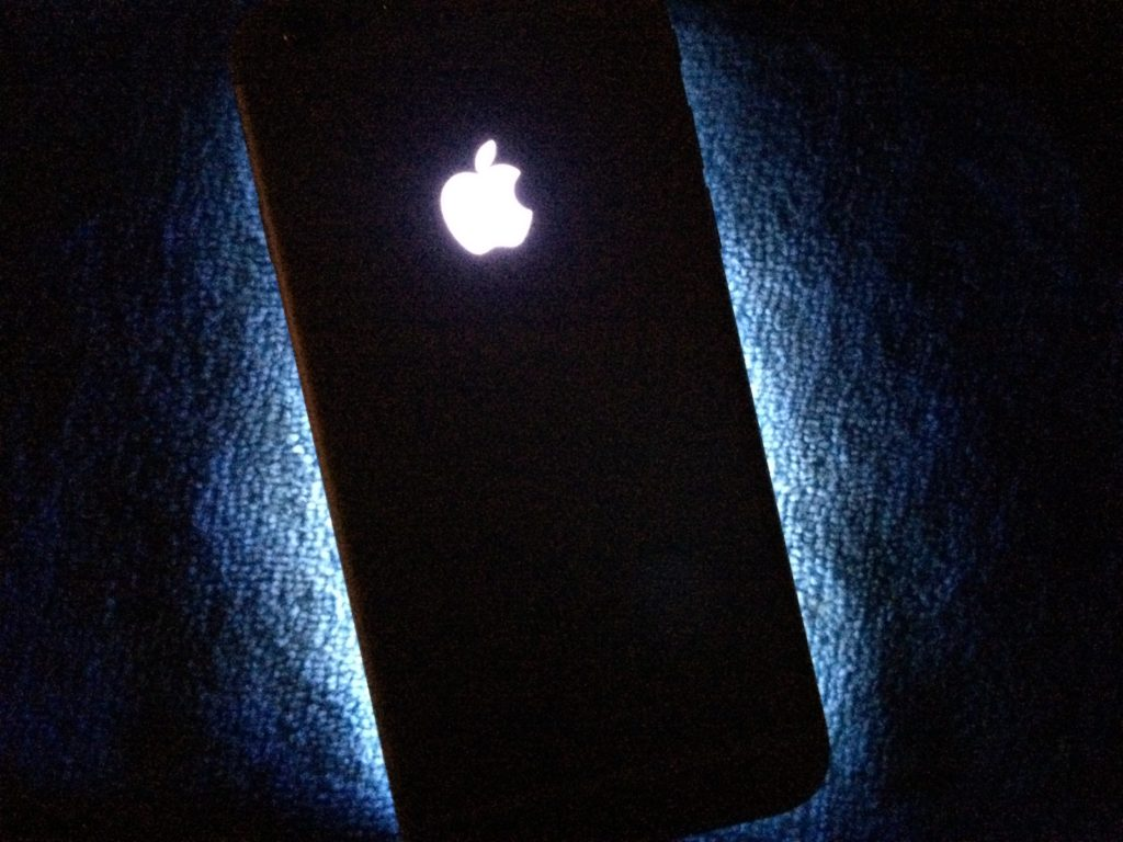 new styles 1eb6c 60faf How to install a glowing Apple logo on iPhone 6s | Mid Atlantic ...